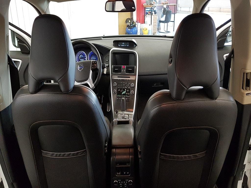 Volvo XC 60 Sitzplätze vorne