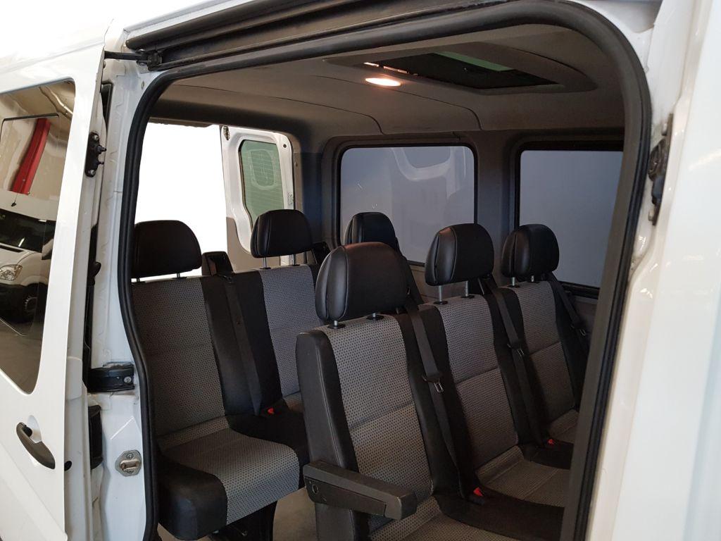 Mercedes Sprinter 9 Plätzer Kleinbus Sitze hinten