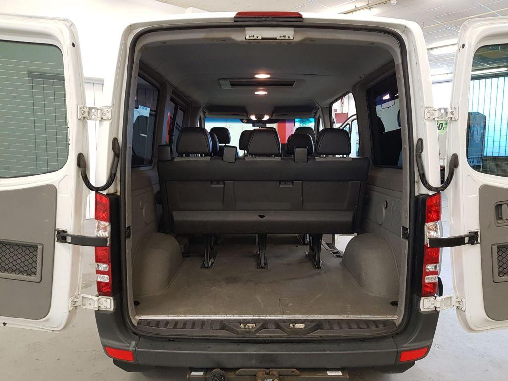 Mercedes Sprinter 9 Plätzer Personenbus Kofferraum