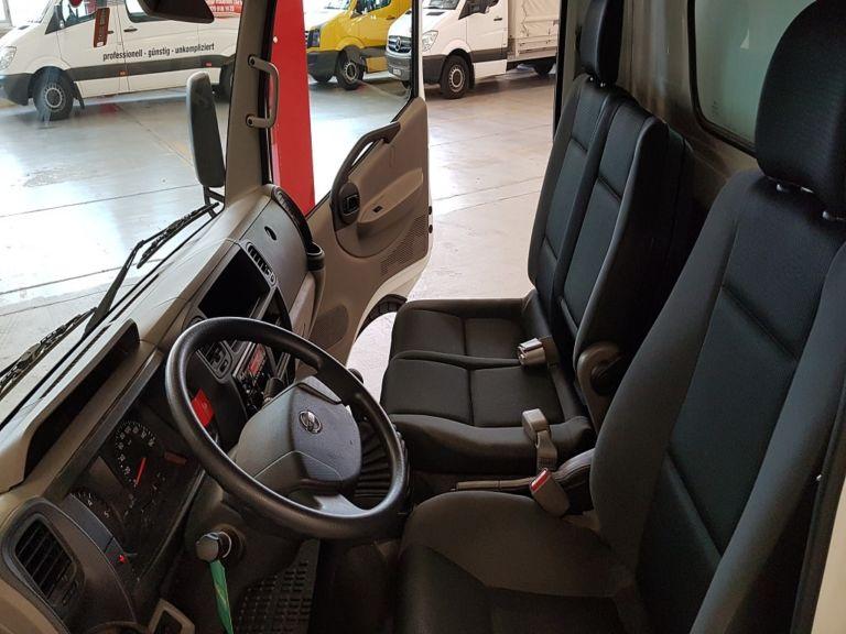 Nissan Cabstar Hebebuehne Fahrerkabine