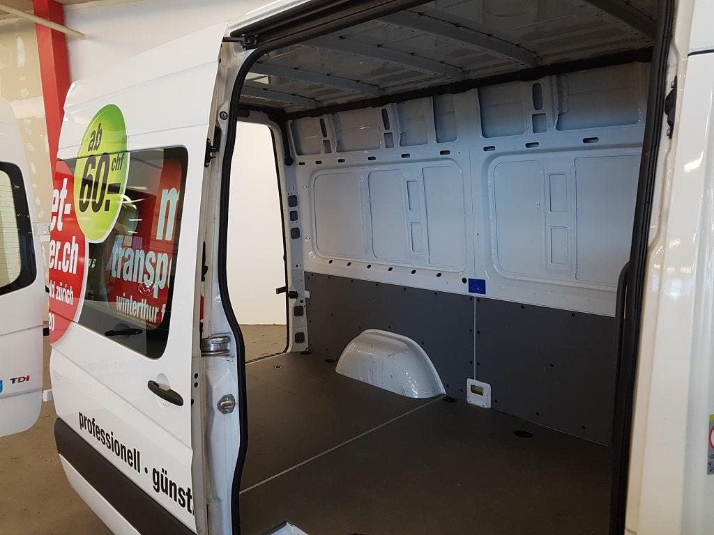 VW Crafter Kastenwagen Ladeflaeche Seite
