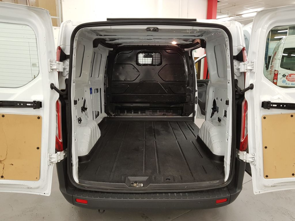 Ford Transit Custom Kleintransporter Laderaum