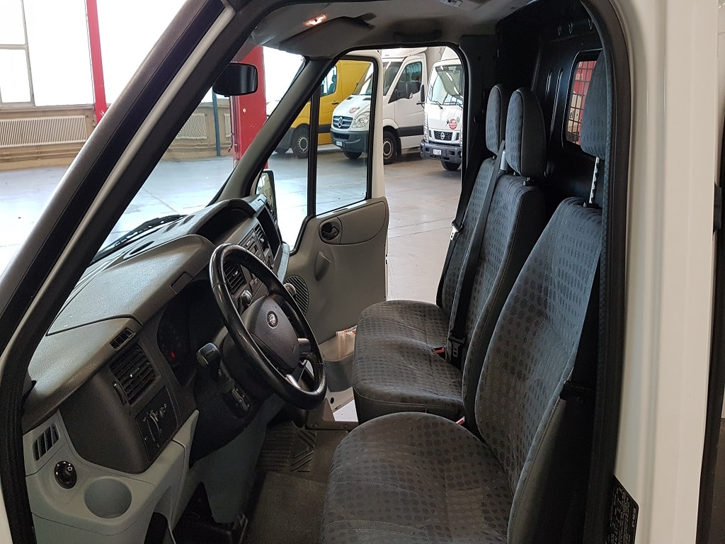 Ford Transit Kastenwagen Fahrerkabine