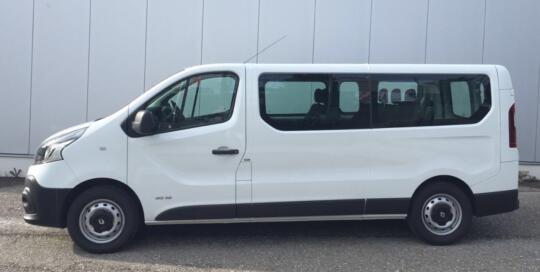 Renault trafic mieten als Transporter oder als Personenbus