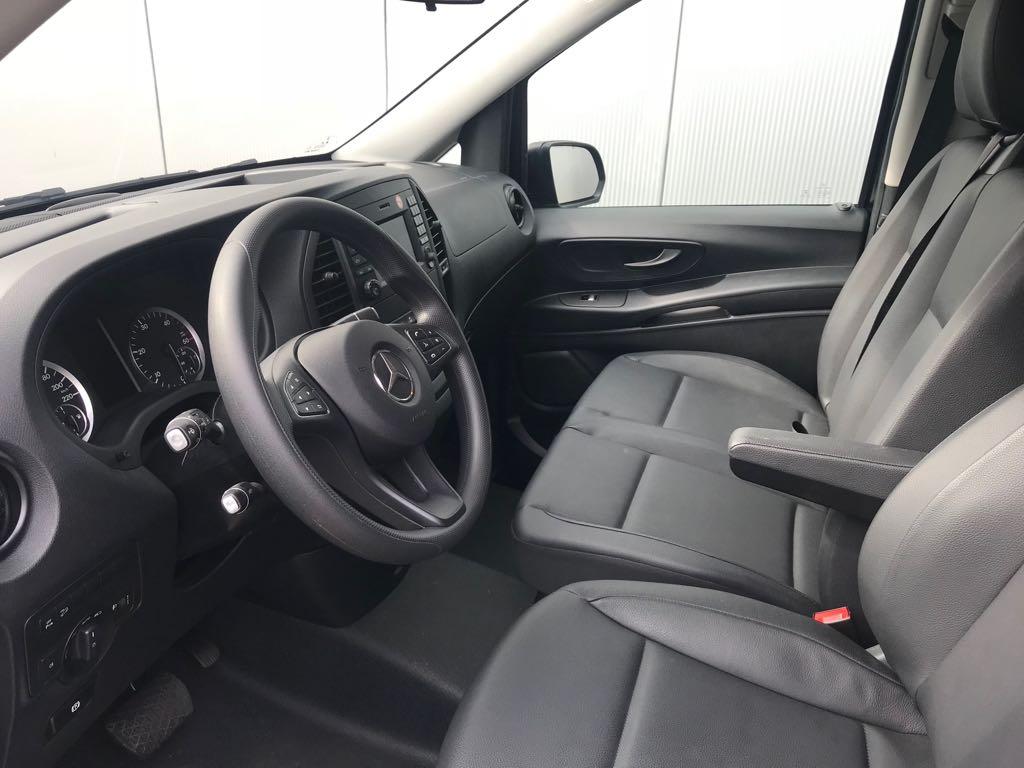 Mercedes Vito 9 Plätzer Kleinbus Fahrerkabine