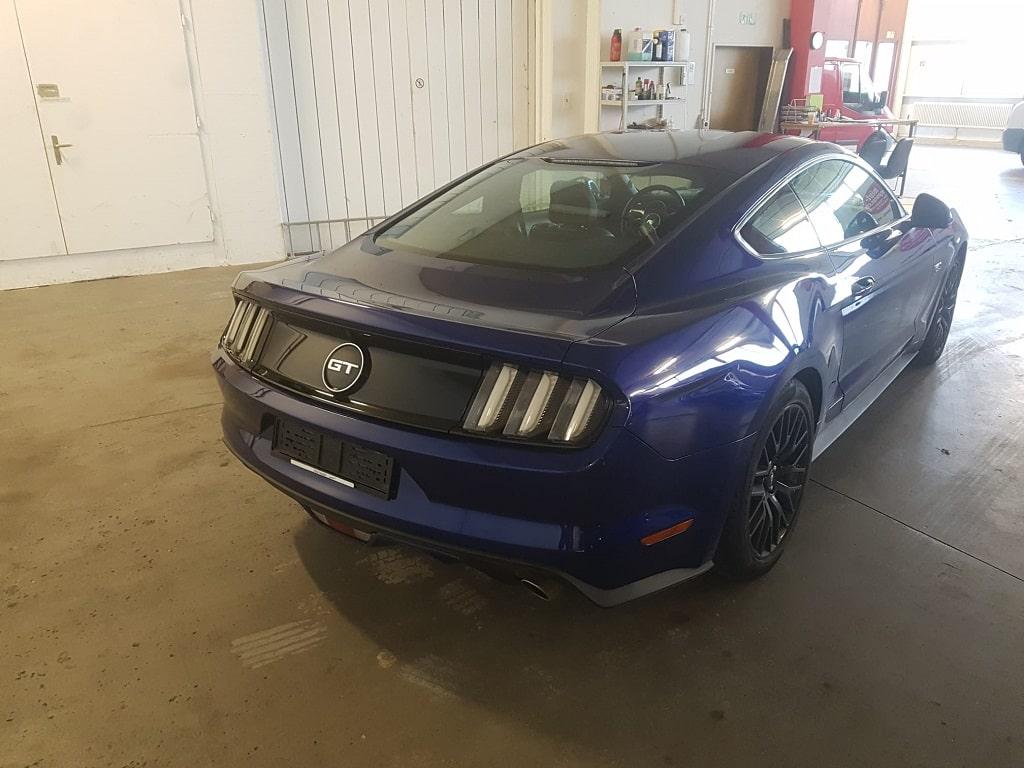 Ford Mustang GT Hinten-min